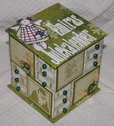 оформление адвент-календаря из спичечных коробков