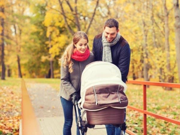 Прогулка с малышом осенью