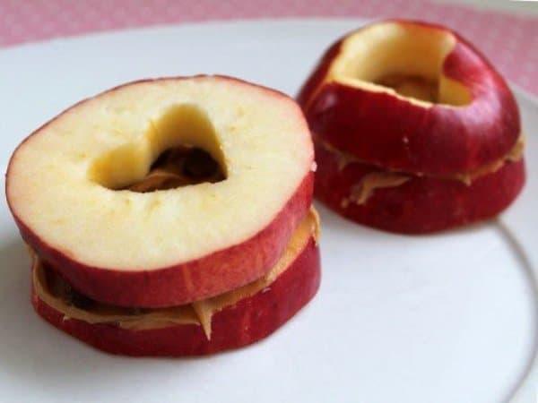 Тосты из яблока