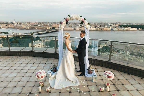 Выездная церемония на крыше