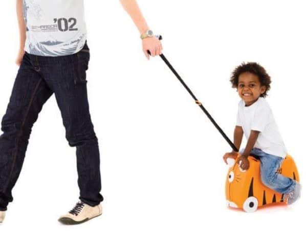 Ручка для родителей на детском чемодане