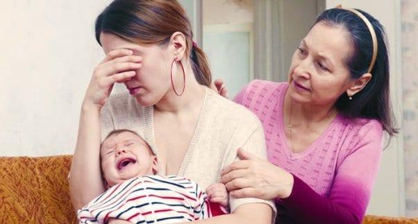 Слёзы у мамы