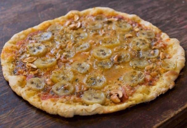 Пицца с банановым карри