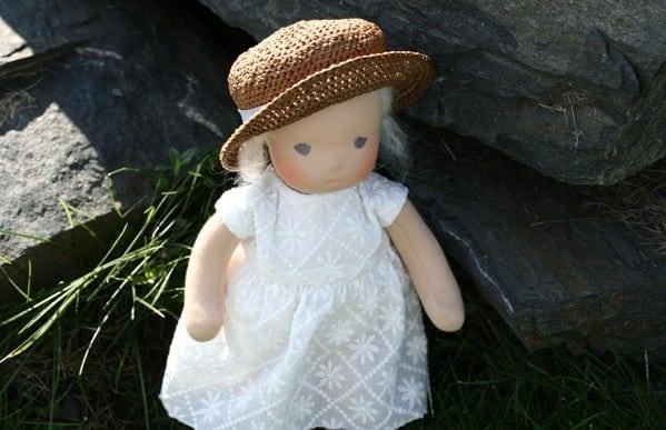 Что такое вальдорфская кукла