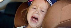 Ребенок не хочет сидеть в авткресле