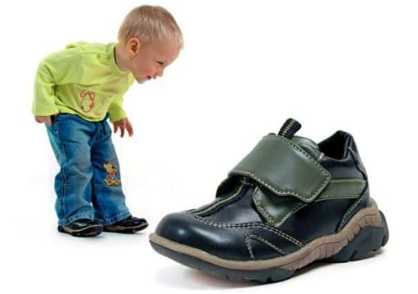 Кроссовки ребенку ортопедические