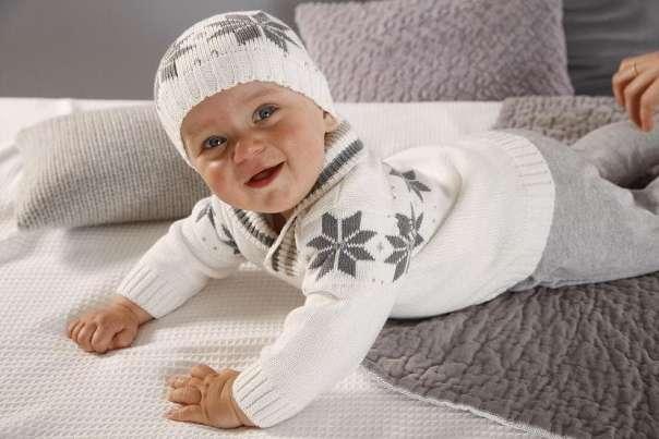 Вязанная одежда для маленьких