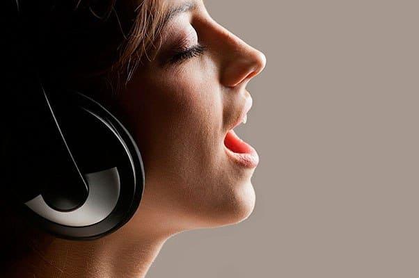 Напеваем песни